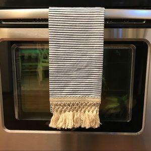 Anthropologie dish towel, NWT